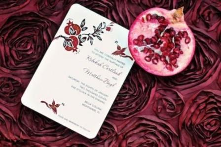 30-Gorgeous-Ways-To-Incorporate-Pomegranates-Into-Your-Wedding-Day2-500x334
